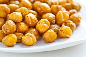 Spicy roasted chickpeas are better than popcorn. Make this snack in advance and serve it up for your family to snack on while watching a movie. Photo © Andrea 'Free Easy Vegan Recipes'.