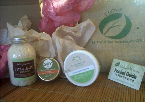 Faithful to Nature Vegan Rejuvenation Gift Set . An uplifting present that shows you care.