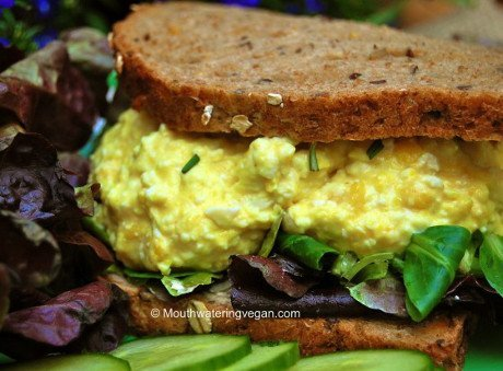 These vegan egg mayo sandwiches are the genius creation of © Miriam 'Moutwatering Vegan Recipes'